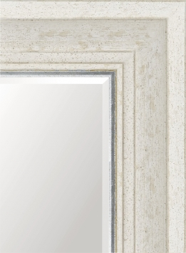 Настенное зеркало в деревянной раме Простое